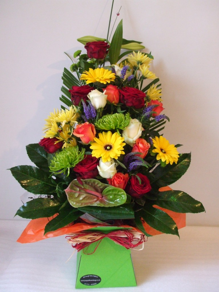 Flowers gifts poppys flower design a1 50 extra large bouquet in water izmirmasajfo