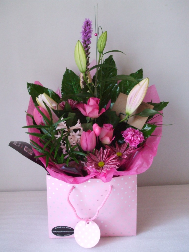 Crosia Flower Designs Bags : Flowers & Gifts Wedding Flowers Corporate Flowers Terms and Conditions